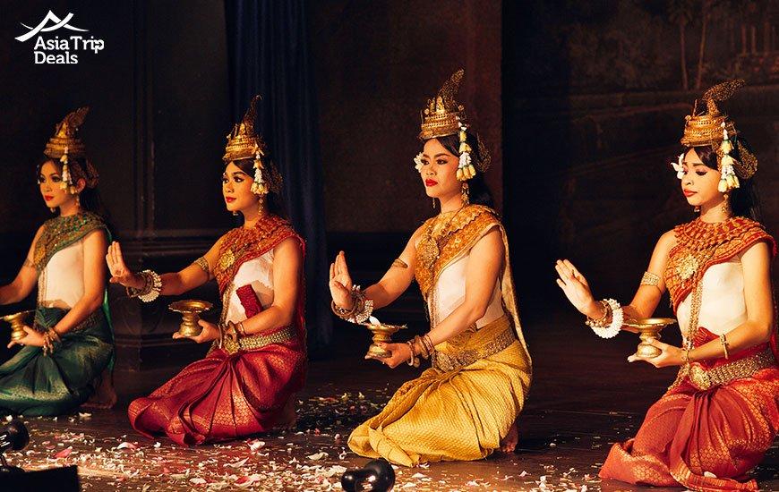 Tradtional Apsara Khmer Cambodian dance