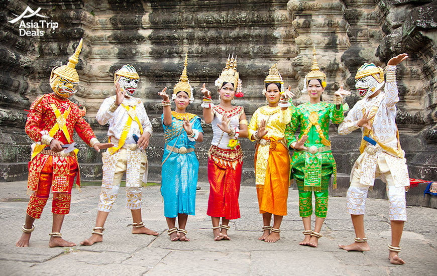 Cambodians in their traditional dresses