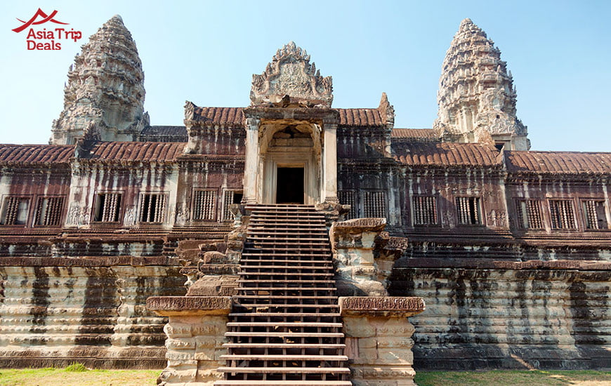 Front view of Angkor Wat temple