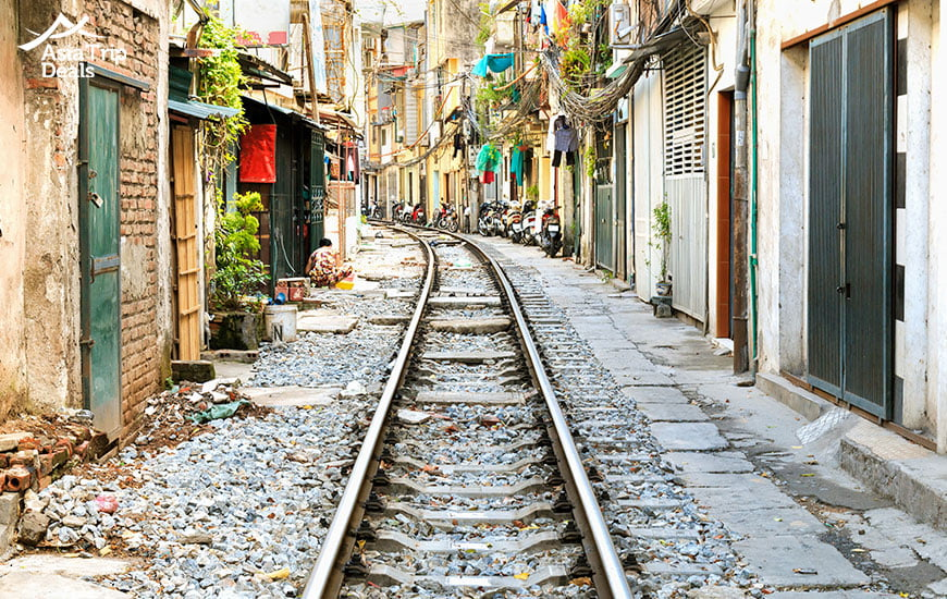 famous train street of hanoi vietnam