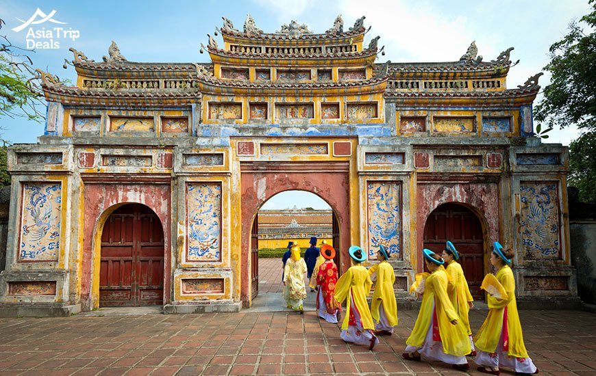 discover imperial city of hue vietnam