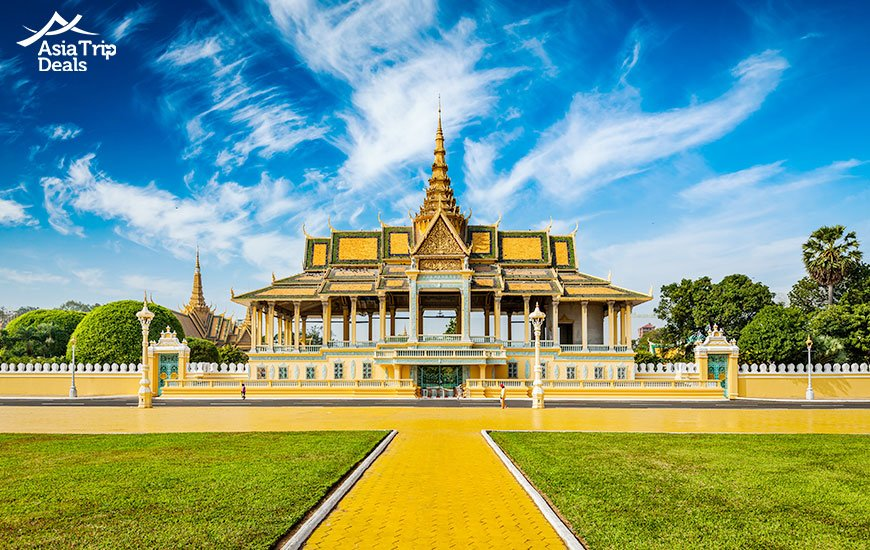 Top attraction Royal Palace in Phnom Penh, Cambodia