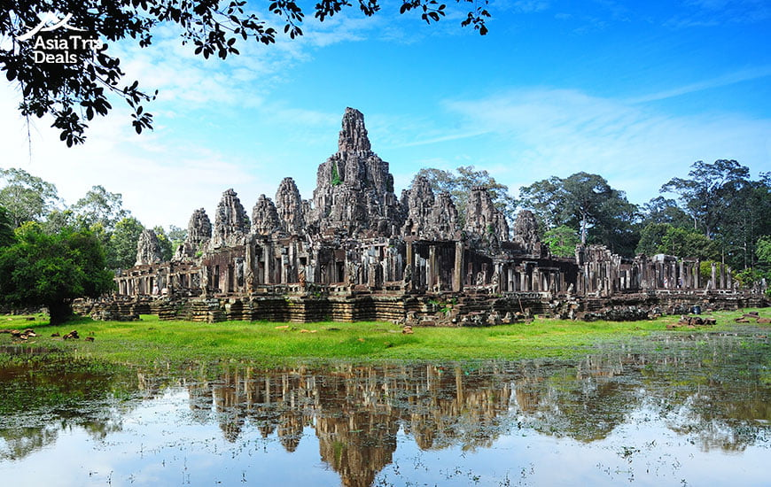 Spectacular reflection of Bayon temple in Angkor Thom