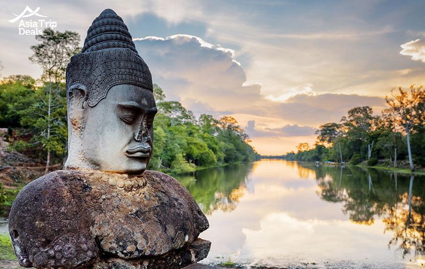 Stone Asura at Angkor Thom
