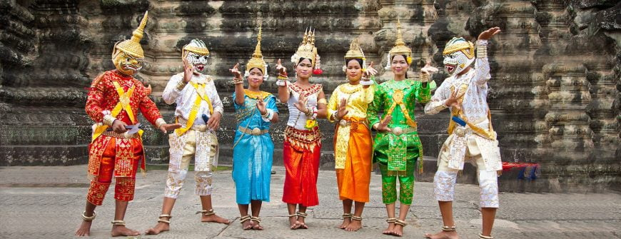 Cambodians in traditional dresses