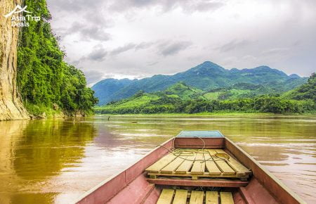 Luang Prabang – Full Day Elephant Experience with Trekking