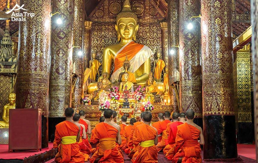 wat xiang thong temple in luang prabang laos