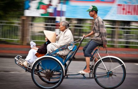 Saigon City tour (By Car, Cyclo & On Foot)