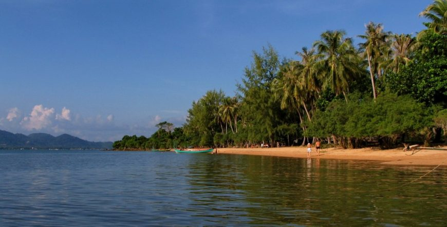 Koh Tonsai beach (Rabbit Island)