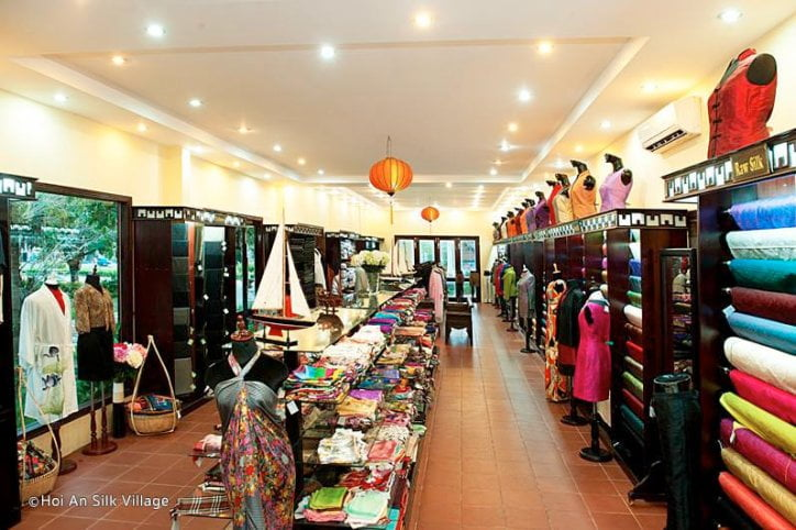 hoian silk makes the perfect gifts for visitors