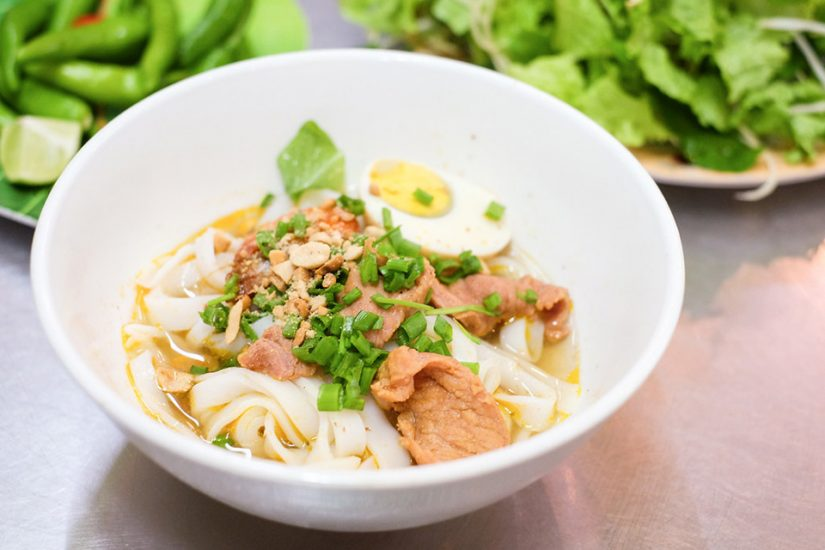 Mi Quang, Danang's most popular food with travelers